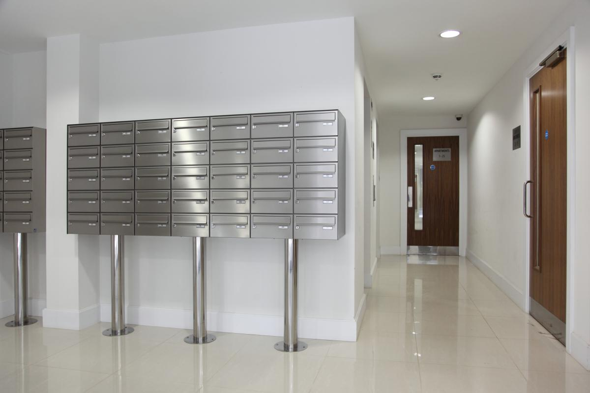 London | Kingston Riverside | Stainless steel mailboxes | 04