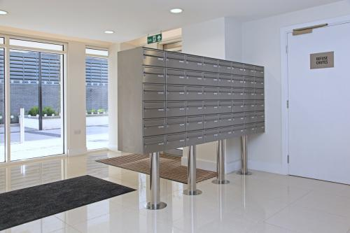London | Kingston Riverside | Stainless steel mailboxes | 10